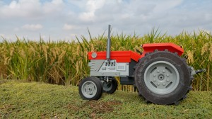 OpenRC Tractor Left